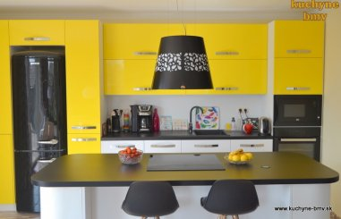 Jesenné tipy na výhodnú rekonštrukciu kuchyne