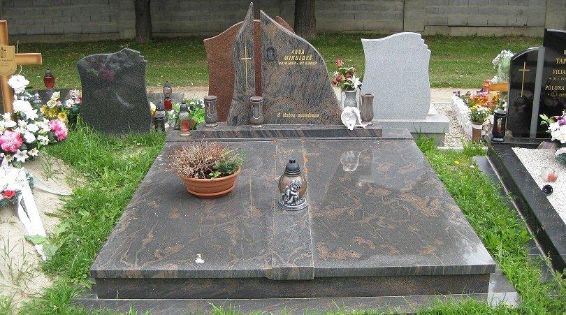 Nepodceňujte jarnú letnú údržbu hrobov!