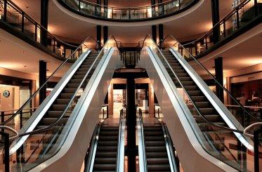 LED svietidlá vpriemysle znížia náklady za osvetlenie  o50 – 80%!